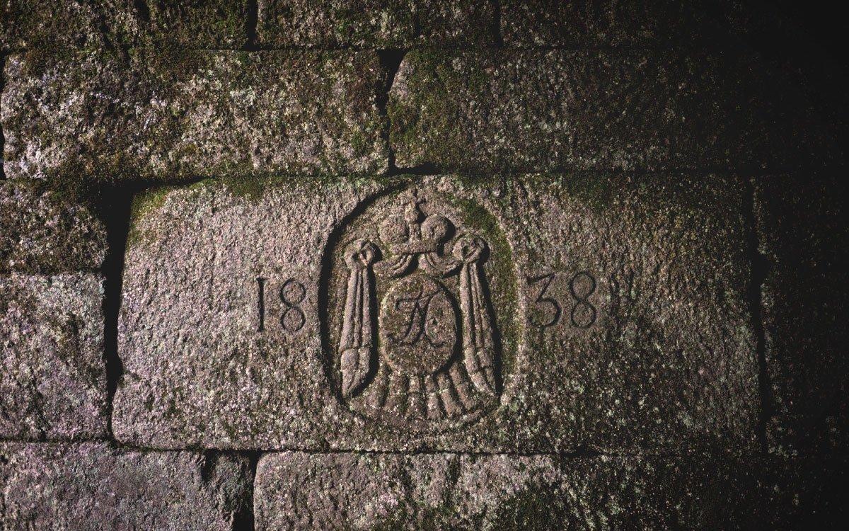 Byl vystavěn ve dvou etapách v letech 1789–1822 podle projektu inženýra Josefa Rosenauera na panství knížete Jana ze Schwarzenbergu. | © René Volfík