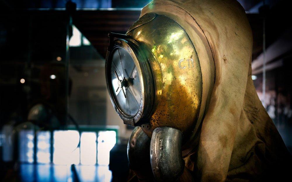 Vystavené exponáty přibližují vysoce náročnou práci v podzemí. Technika záchranářům umožňovala pohybovat se v prostředí v mnoha ohledech nepřátelštějším než je kosmický prostor nebo mořské hlubiny.  | © Yan Plíhal, AnFas