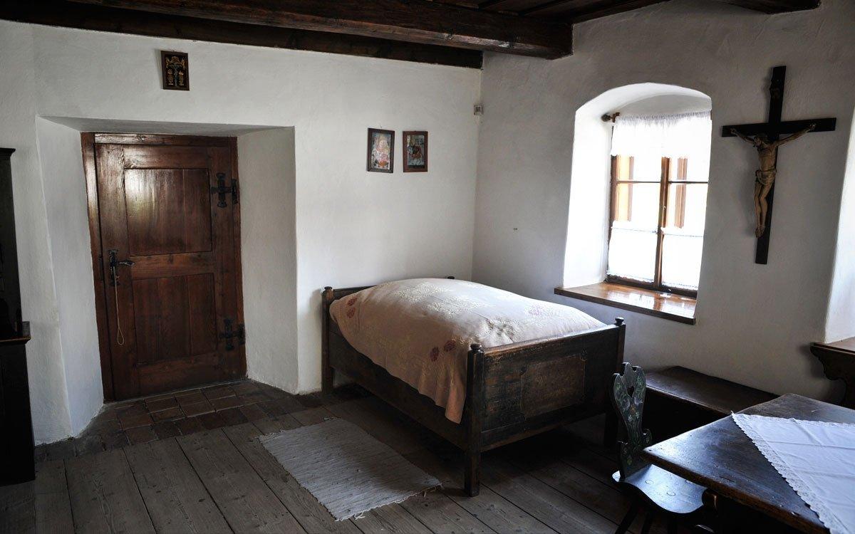 Rodný domek F. V. Heka je jedním ze symbolů Dobrušky a ukazuje návštěvníkům původní ráz místní architektury 18. století. | © René Volfík