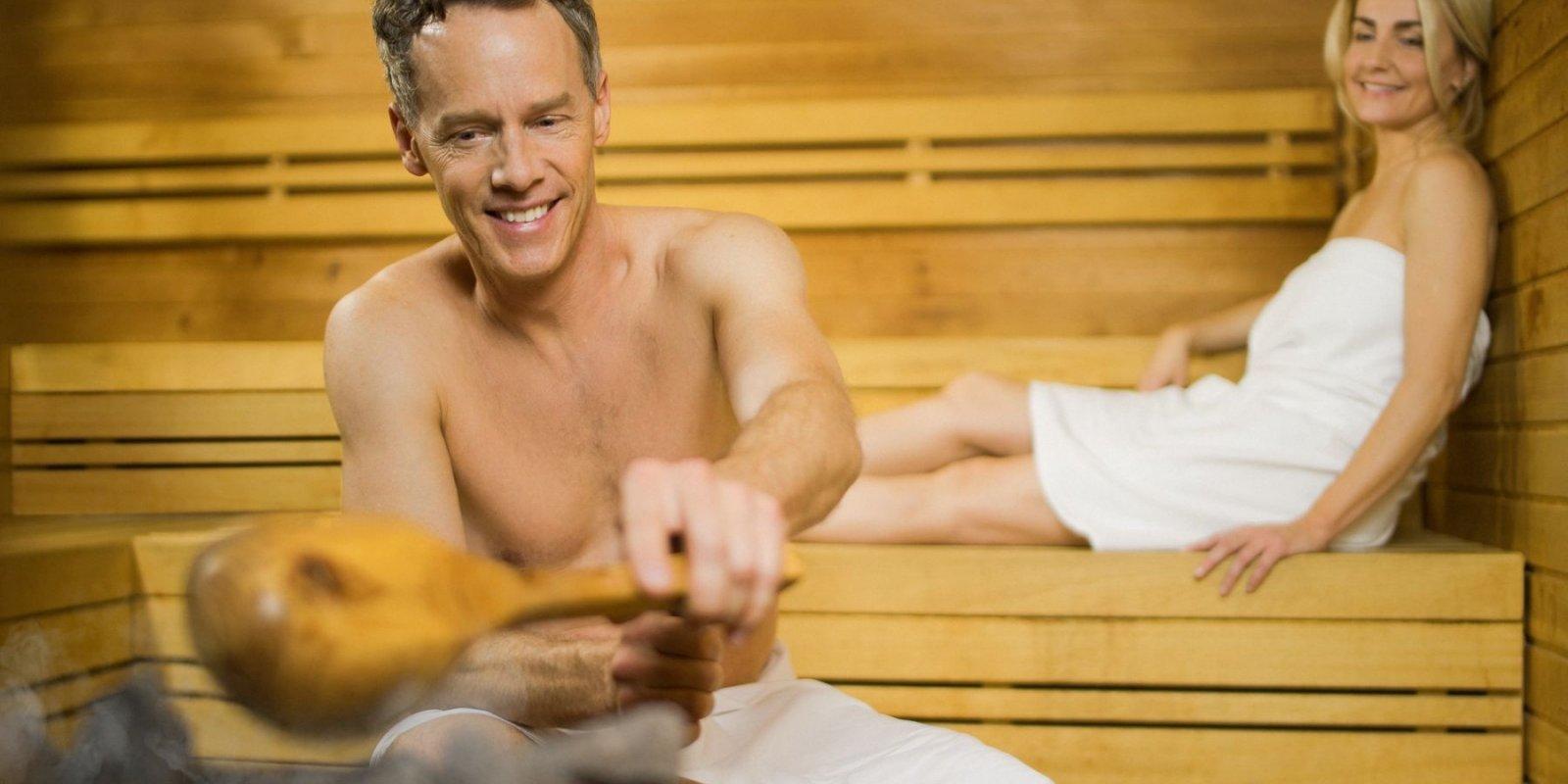 K relaxaci lákají různé druhy saun, které najdete v jesenickém saunovém světě.