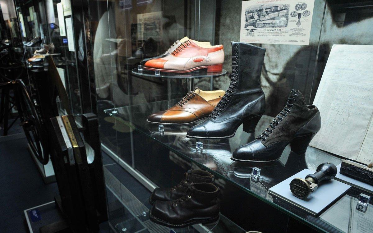 V období první republiky ve Skutči působilo 25 výrobců obuvi s 900 dělníky. Velké změny ale přišly s rokem 1948. Došlo ke znárodnění osmi největších obuvnických provozů, které byly sjednoceny spolu s dalšími továrnami v okolí pod národní podnik Botana. | © René Volfík