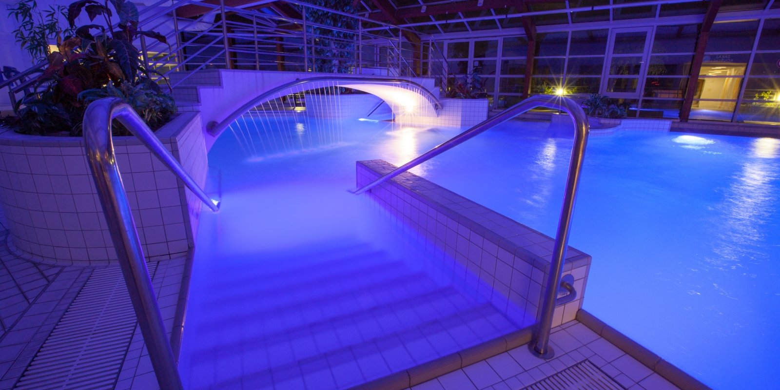 Lázeňské aquacentrum nabízí spoustu možností k relaxaci po náročném dni na svahu.