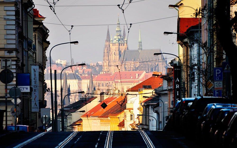 Ve strmém svahu na protější straně řeky od Pražského hradu leží asi nejvyhlášenější čtvrť, co se zábavy týče – Žižkov. Bohémská část Prahy, která je rájem nejrůznějších klubů, barů a milovníků alternativní kultury. | © Jiří Kubíček