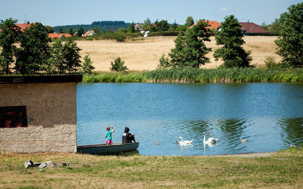 V okolí vily najdete několik krásných turistických tras i míst k odpočinku. | © Eva Kořínková
