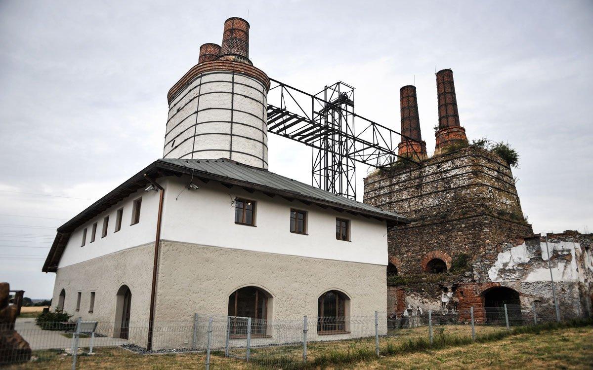Berlova vápenka u Třemošnice je cennou technickou a kulturní památkou, dokládající průmyslovou tradici severní části Železných hor. | © René Volfík