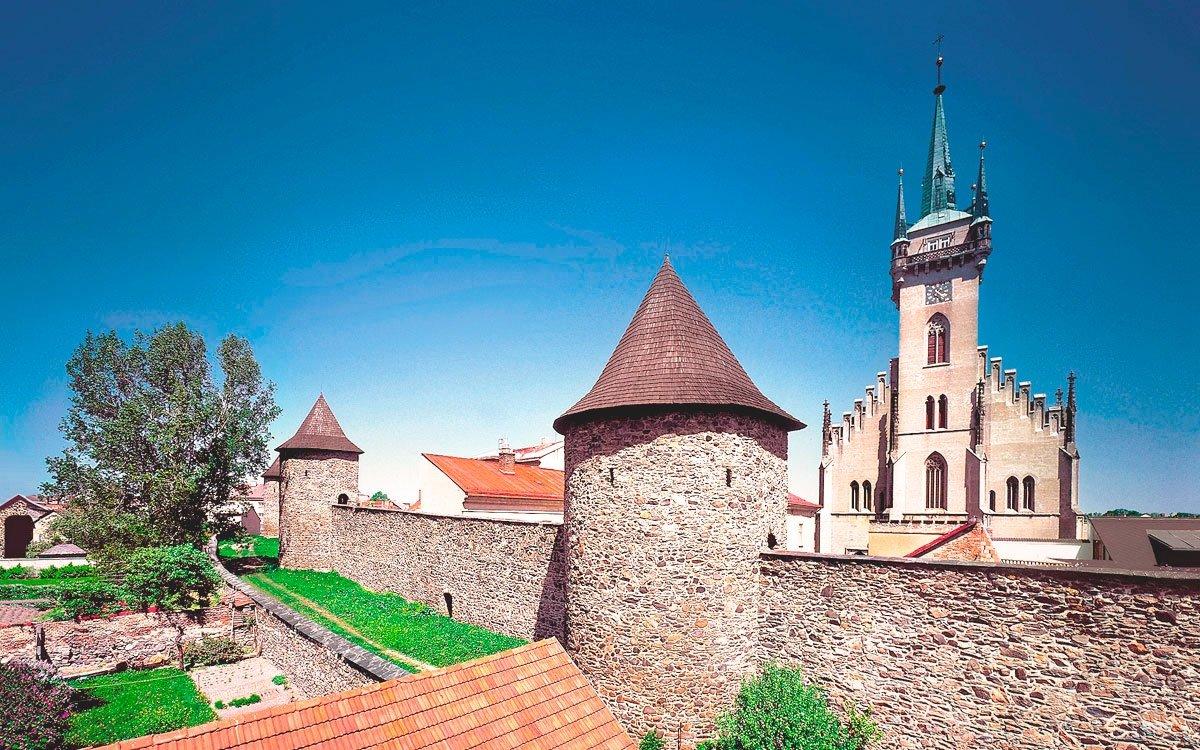 Milacron Czech Republic hled zamstnance Msto Polika
