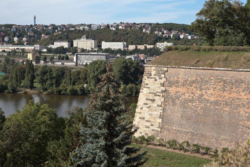 Vyšehrad, hradby Nového Město Pražského © ThinkstockPhotos