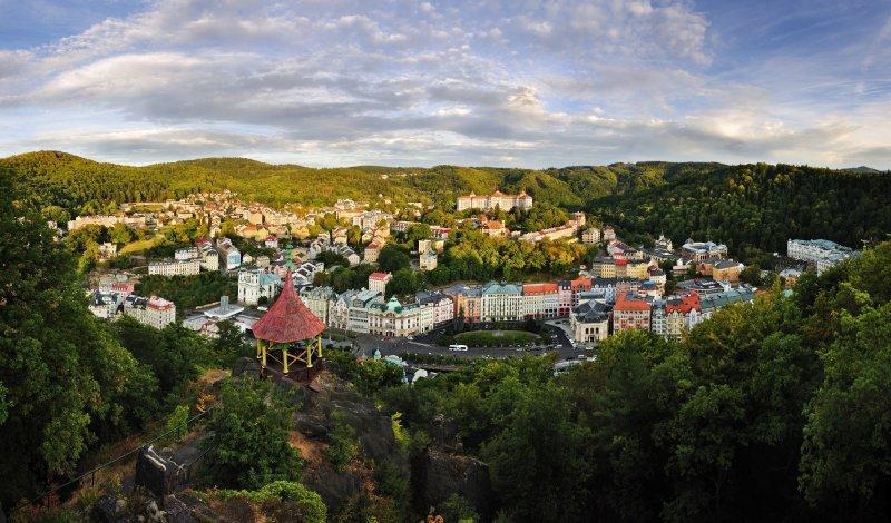 Karlovy Vary, pohled z Jelenního skoku © Ladislav Renner, archiv CzechTourism